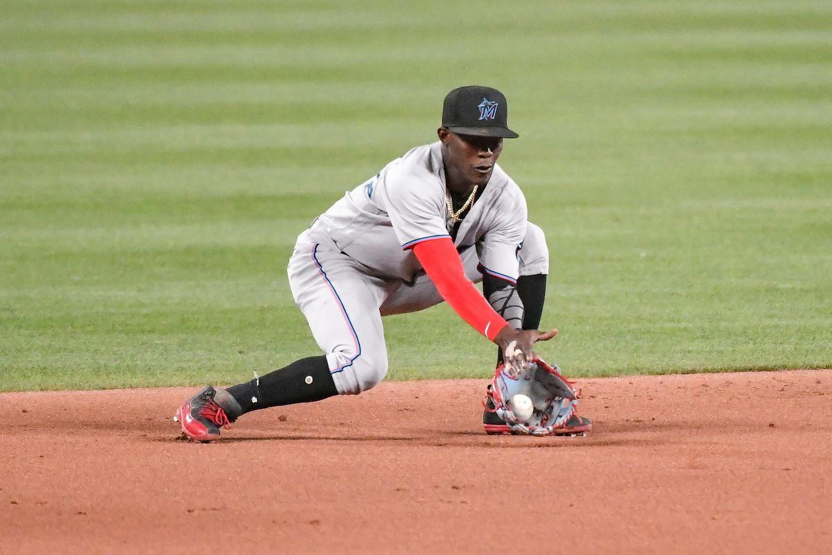 Miami Marlins shortstop Jazz Chisholm Jr. (2) fields a ground ball during a game featuring the Miami Marlins at the St. Louis Cardinals on June 14, 2021 at Busch Stadium