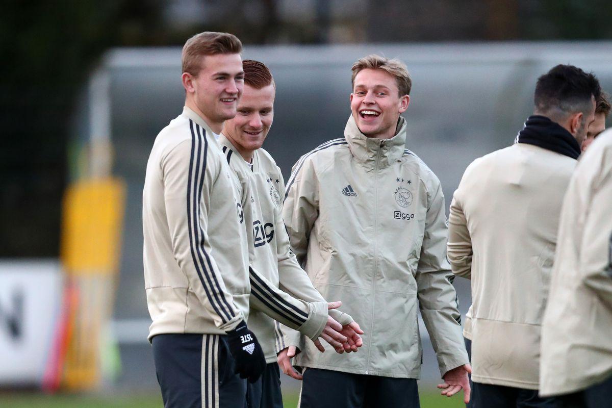 Frenkie de Jong tells Matthijs de Ligt to join him at Barcelona
