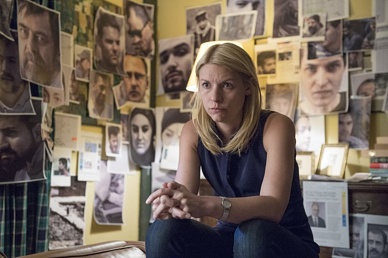 Carrie and her evidence wall on Homeland.