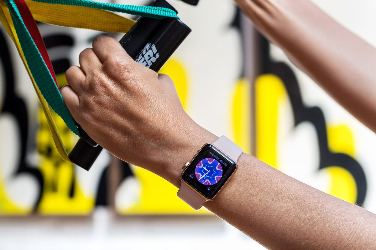 Apple reportedly developing EKG monitor for Apple Watch