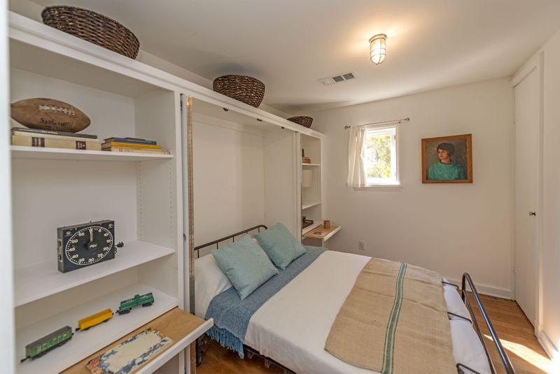 Bedroom with murphy bed