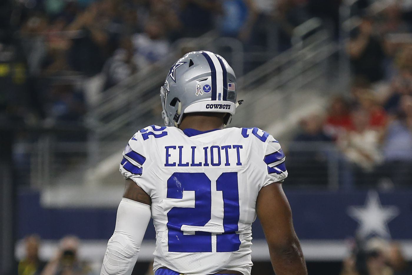 meet 2a86f 636c1 The Ezekiel Elliott suspension explained in a 2-minute read ...
