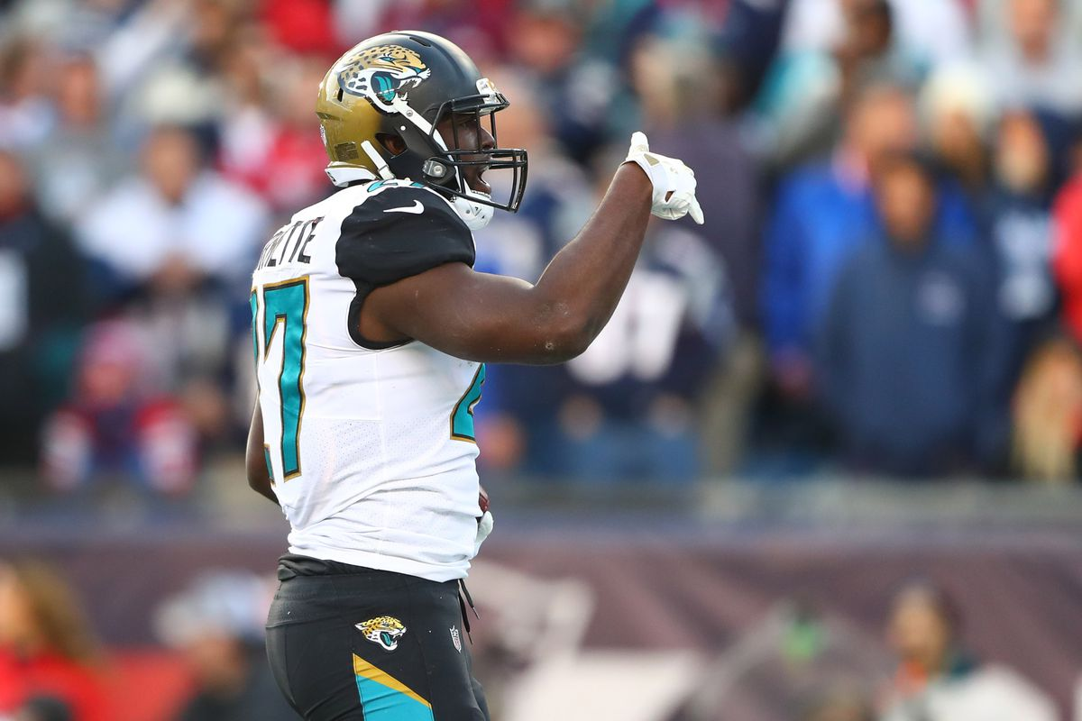 Jacksonville Jaguars running back Leonard Fournette celebrates after scoring a touchdown against the New England Patriots during the second quarter in the AFC Championship Game at Gillette Stadium.
