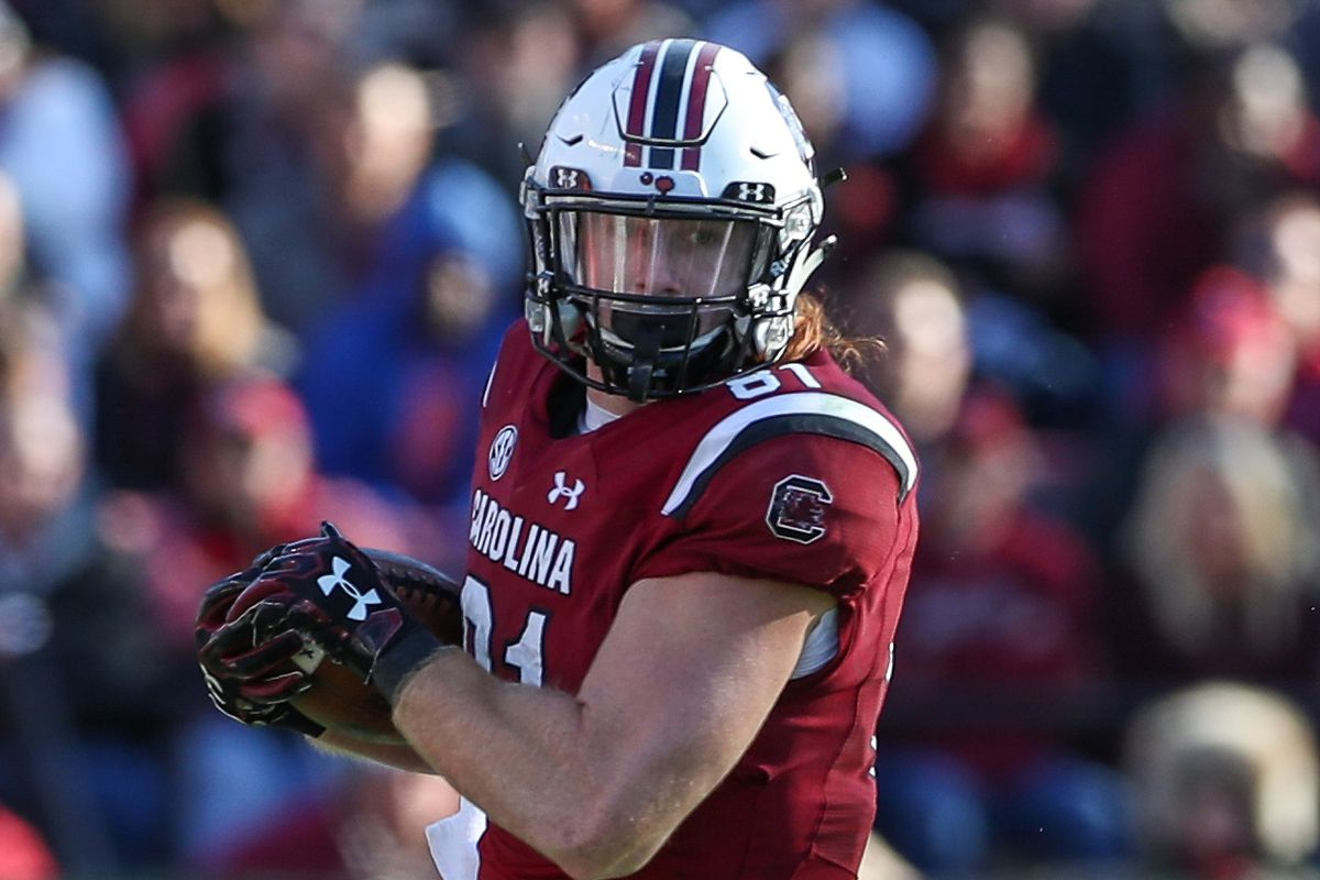 reputable site d1619 b89bf Baltimore Ravens select TE Hayden Hurst with the 25th pick ...