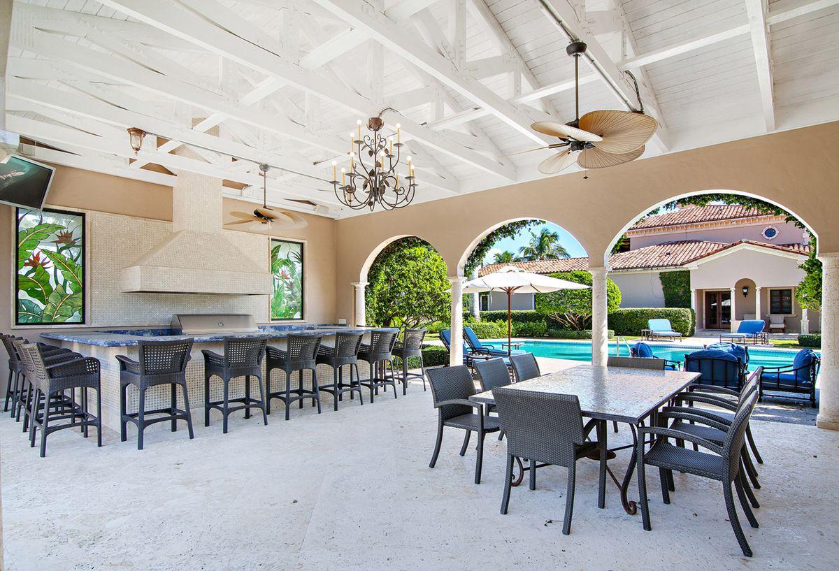 Waterfront Palm Beach Mediterranean For 10m Curbed Miami