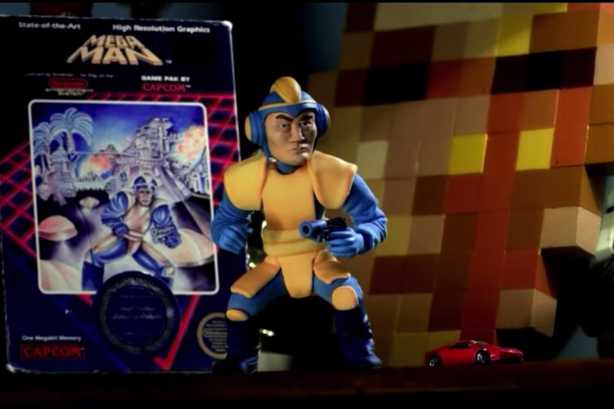 The Mega Man Universe character based on the original game's terrible box art, from a 2011 trailer for the canceled game