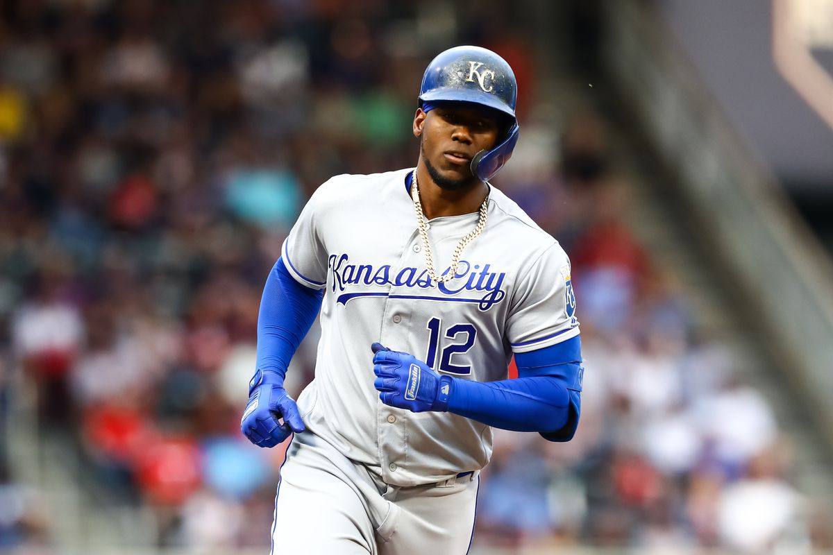 Royals can't hold the lead as the Twins storm back to win, 5-4