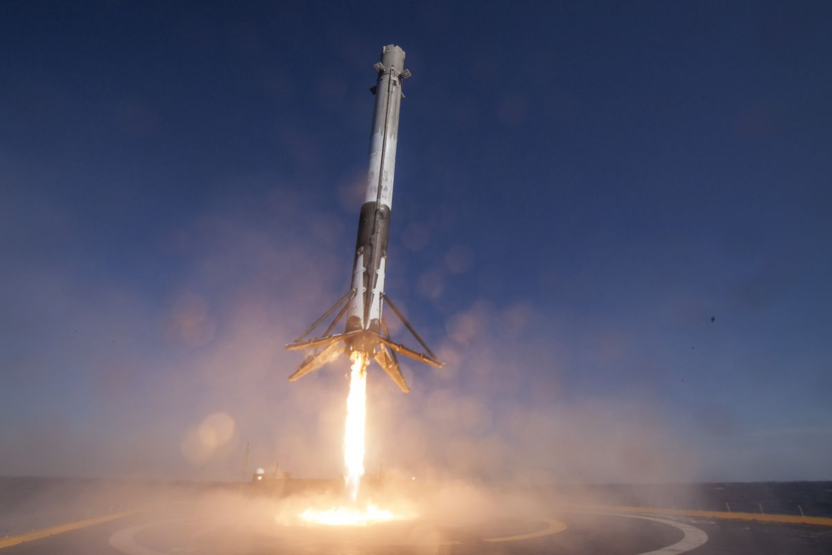 rocket launch spacex falcon 9