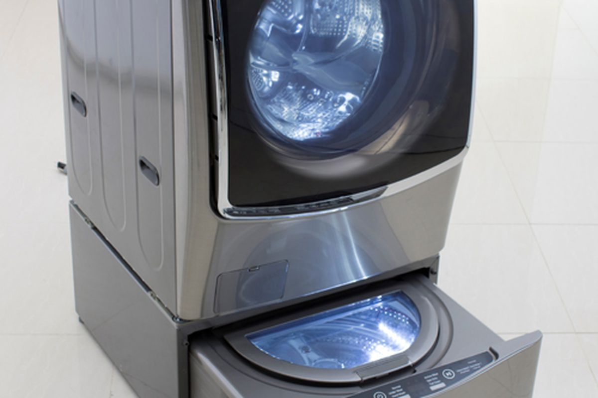 This Tiny Washing Machine Lets You Clean Two Loads At Once