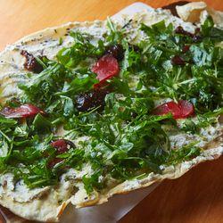 Fig arugula flatbread