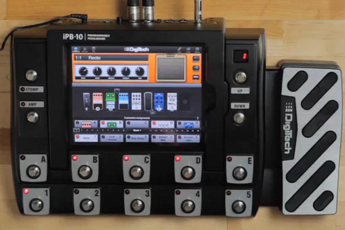 digitech ipb 10 lets guitarists use their ipad as effects processor the verge. Black Bedroom Furniture Sets. Home Design Ideas