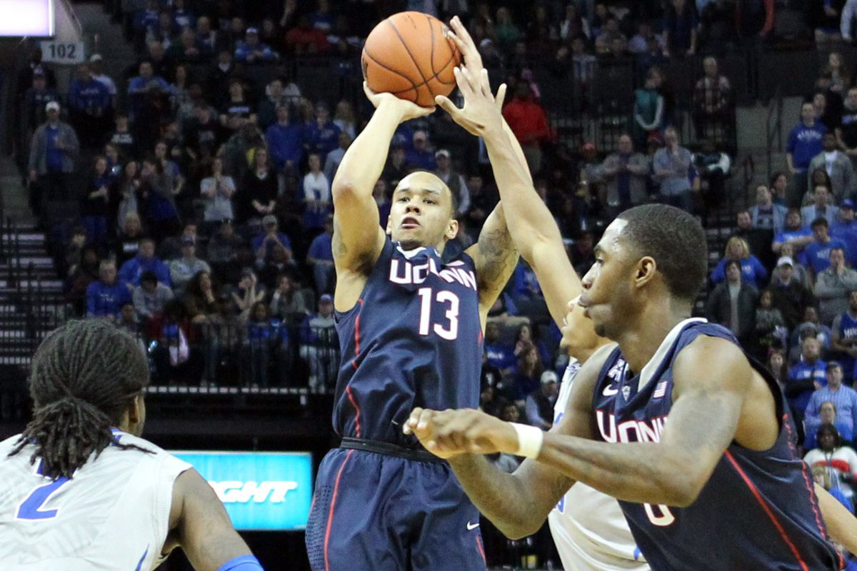 Can Shabazz Napier lead the Huskies past the #18 Cardinals?