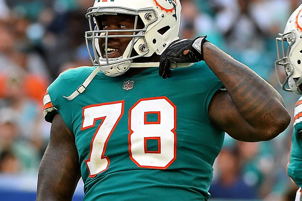 best website b9b49 99bcd Bill Fartwell's To-Do List for Miami Dolphins: Re-sign ...