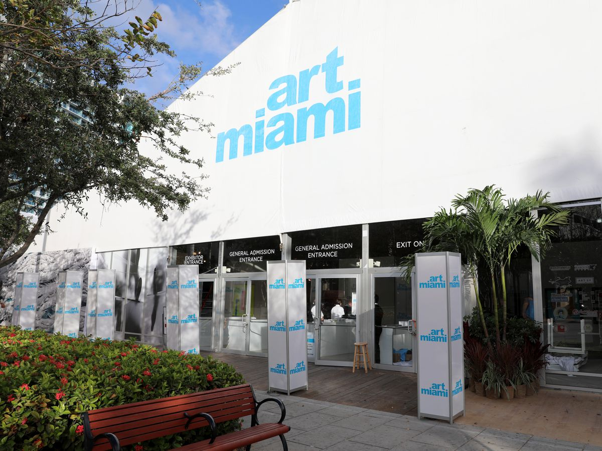 Art Miami 2016 VIP Preview