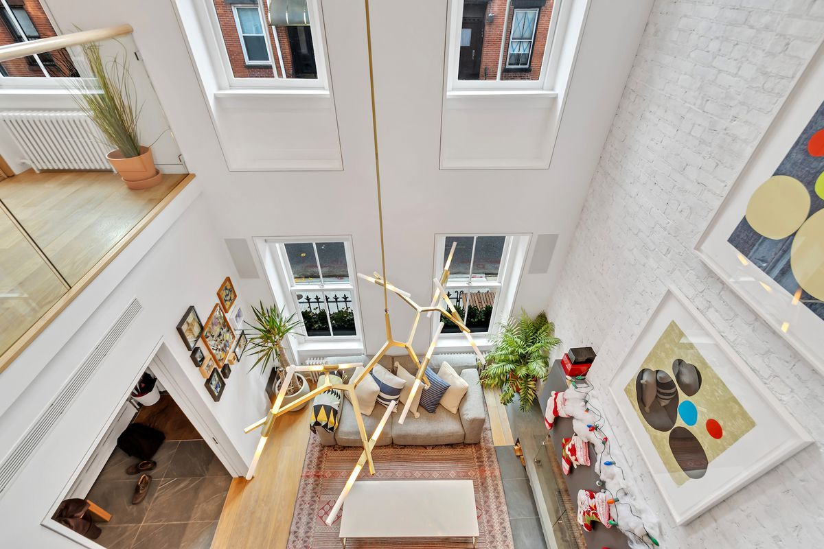 In Williamsburg, a gorgeous townhouse with minimalist finishes asks ...