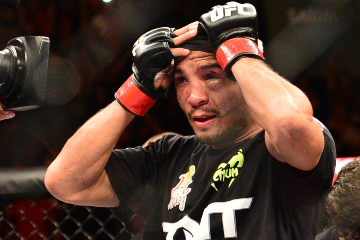 67da31d77e Jose Aldo  UFC Reebok kit  sucks