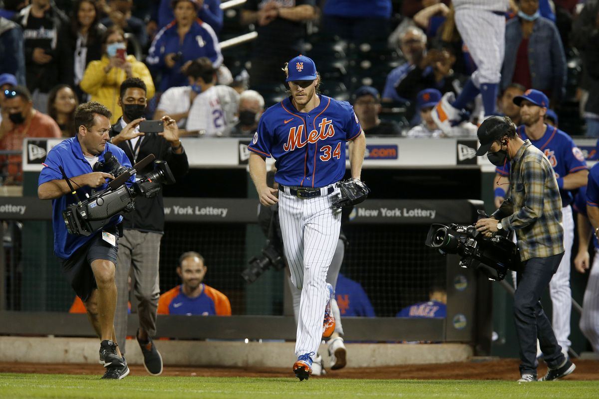 Miami Marlins v New York Mets - Game Two
