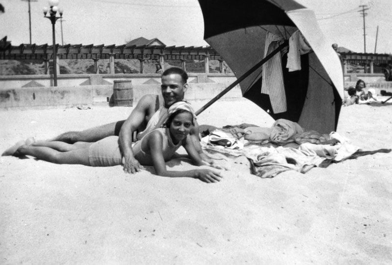 Couple at Inkwell beach