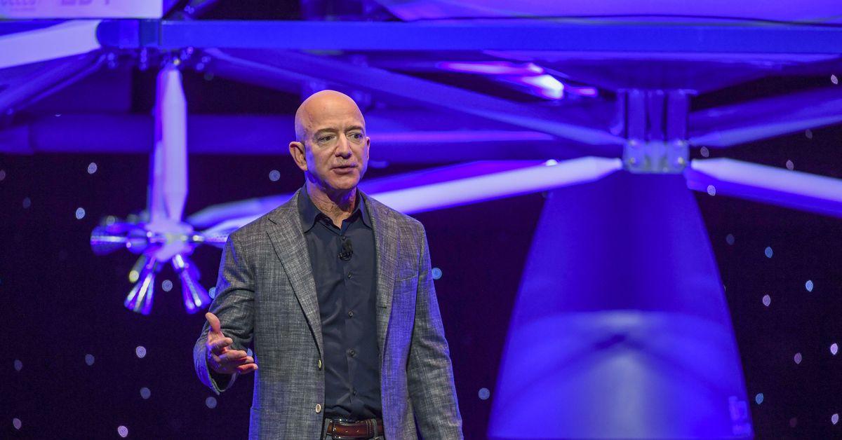 <p>Jeff Bezos' Blue Origin protests NASA's $2.9 billion SpaceX contract thumbnail