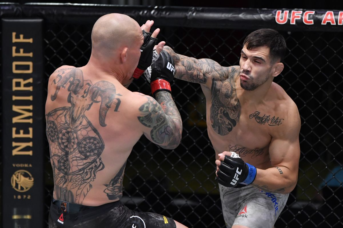 Aleksandar Rakic Chops Anthony Smith Down With Brutal Low Kicks En Route To Decision Victory Ufc Vegas 8 Mmamania Com