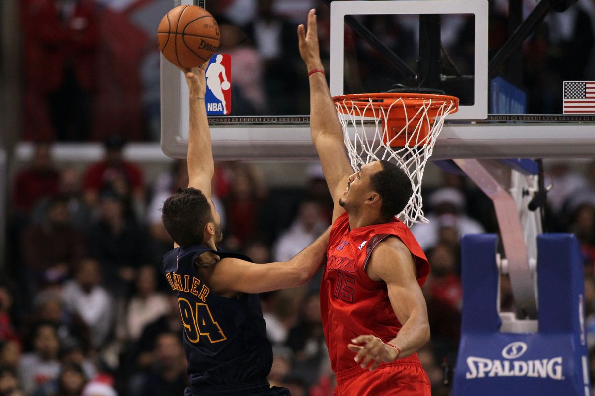 Fournier put this layup in over the out-stretched Ryan Hollins.