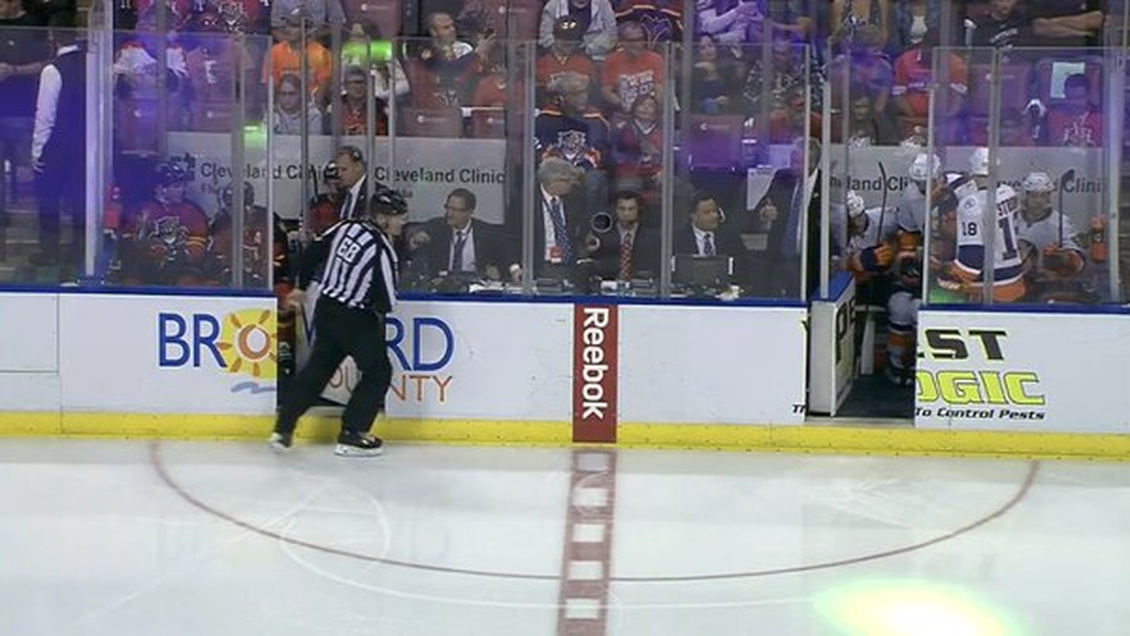 The Panthers and Islanders' penalty boxes are so full ...