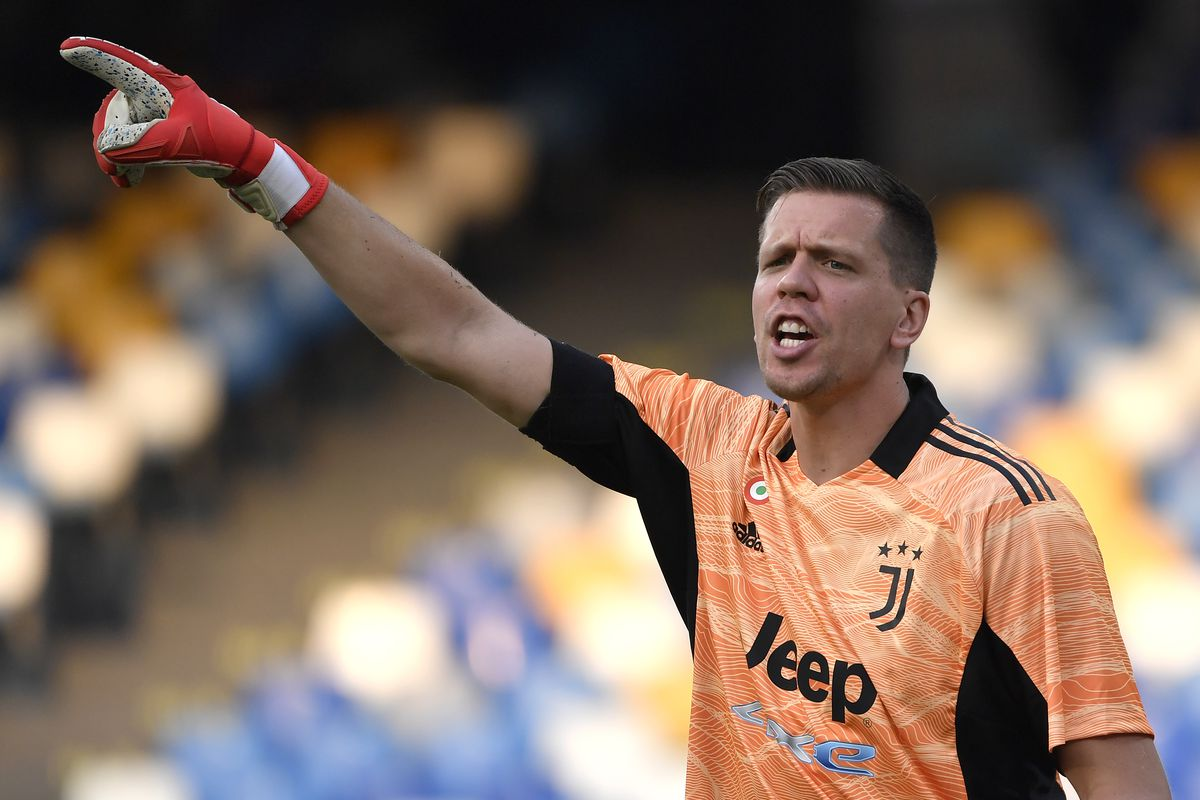 Wojciech Szczesny of Juventus FC reacts during the Serie A...
