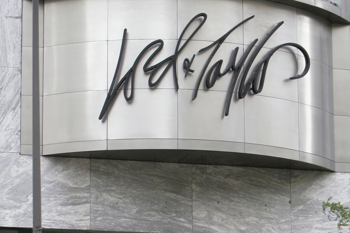 The Lord & Taylor logo at Water Tower Place in 2006, the year the store closed.