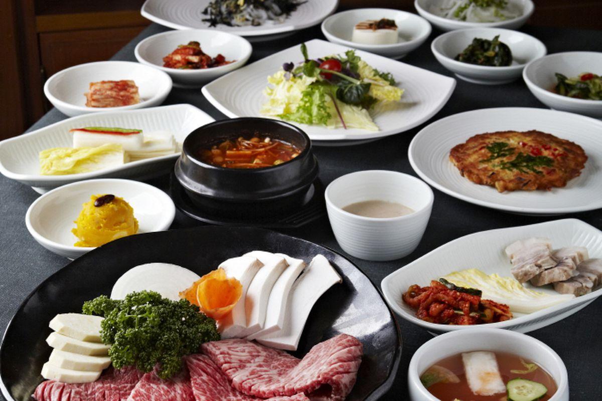 Korea S Oldest Korean Barbecue Restaurant Signs Koreatown Lease Eater Ny
