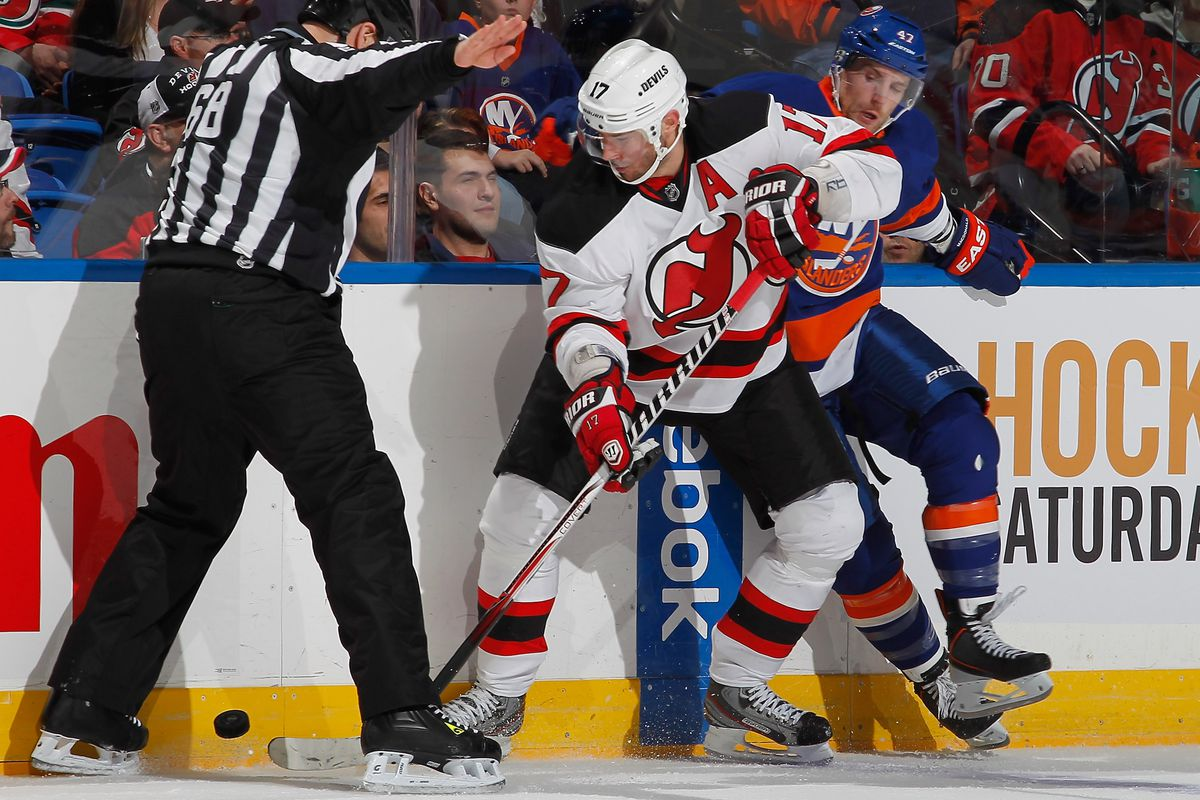 Ilya Kovalchuk can (and should) box out an opposition player whether he's lining up at left or right wing.