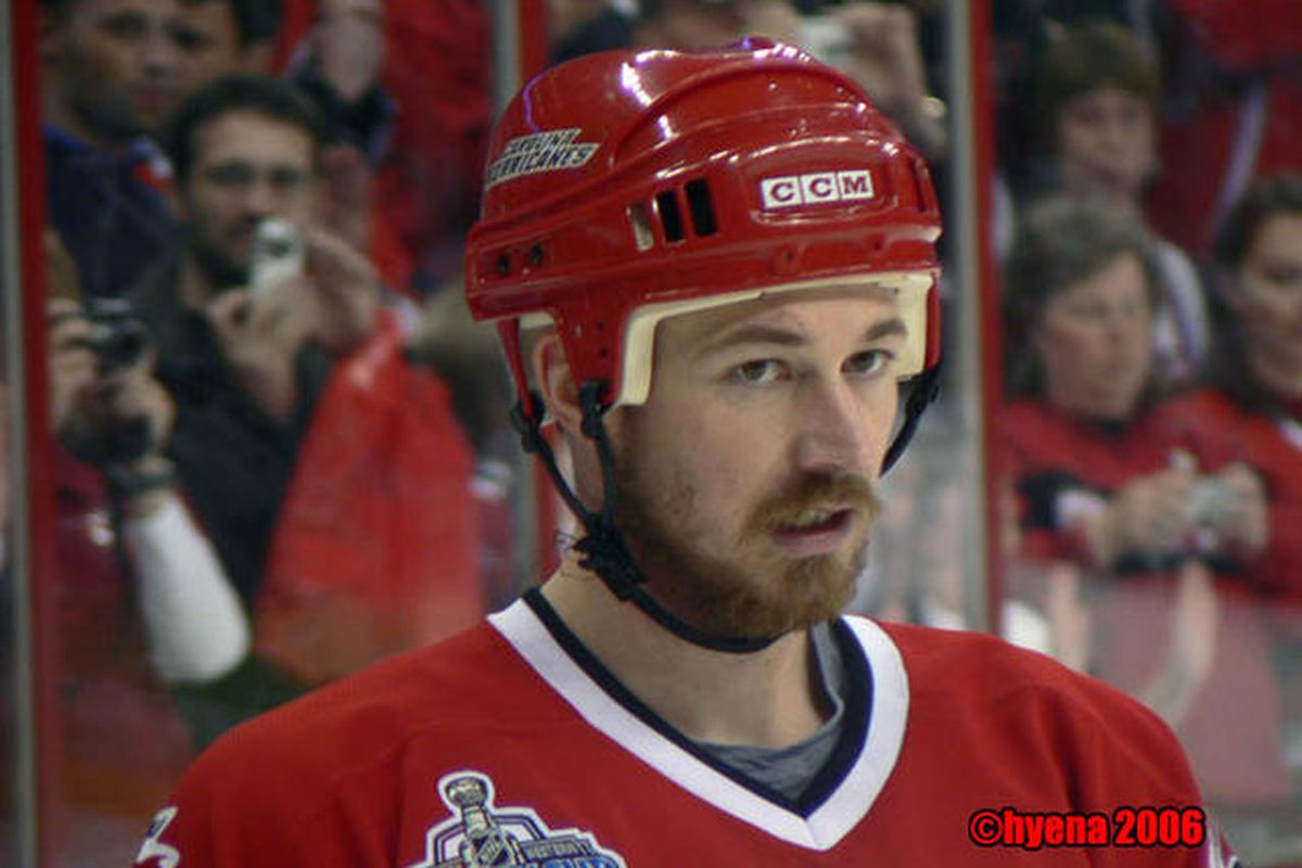 """""""Frank the Tank"""" during happier days while participating in the 2006 Stanley Cup Finals. (photo by Hyena of <a href=""""http://www.electrichyena.com/photos/main.php"""" target=""""new"""">Eye Candy</a>"""
