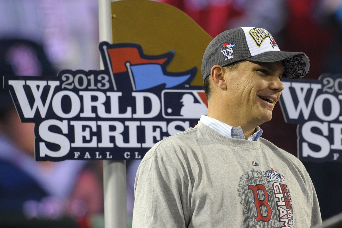 World Series 2013: The Red Sox win! - Over the Monster