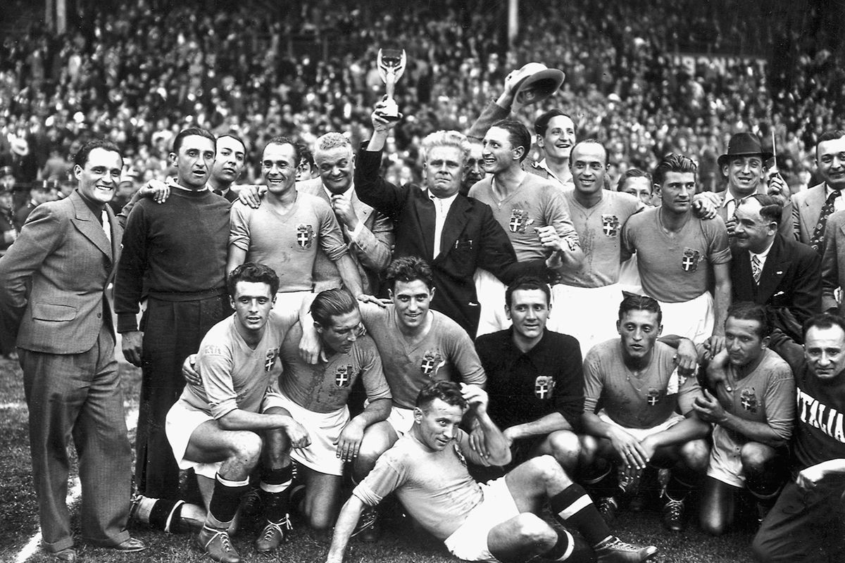 Italy's national soccer team poses with