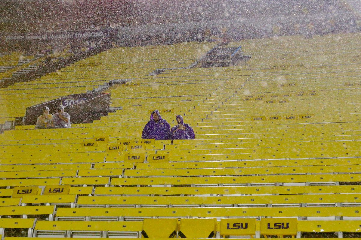 LSU game cancelled due to lightning, won\'t be made up - SBNation.com