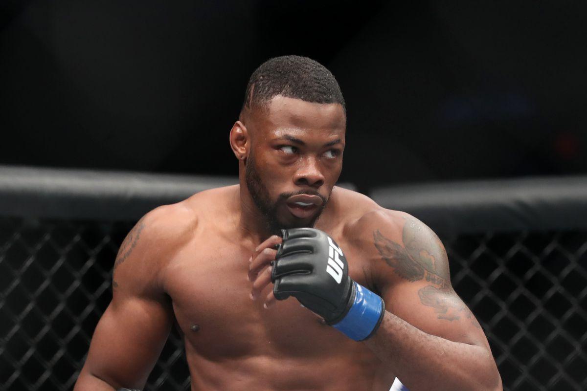 MMA: UFC Fight Night-Winnipeg-Di Chirico vs Bamgbose