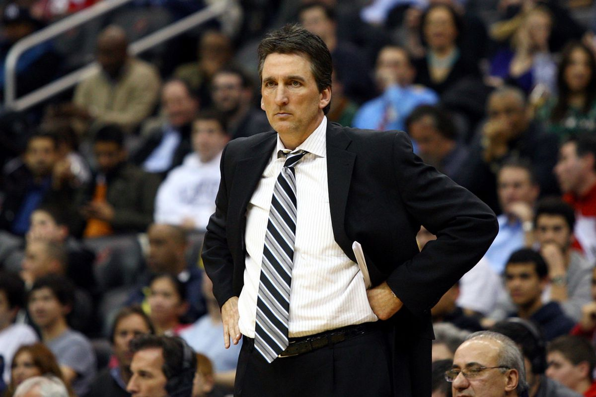 NEWARK, NJ - MARCH 07:  Head coach Vinny Del Negro of the Los Angeles Clippers looks on against the New Jersey Nets at Prudential Center on March 7, 2012 in Newark, New Jersey. (Photo by Chris Chambers/Getty Images)