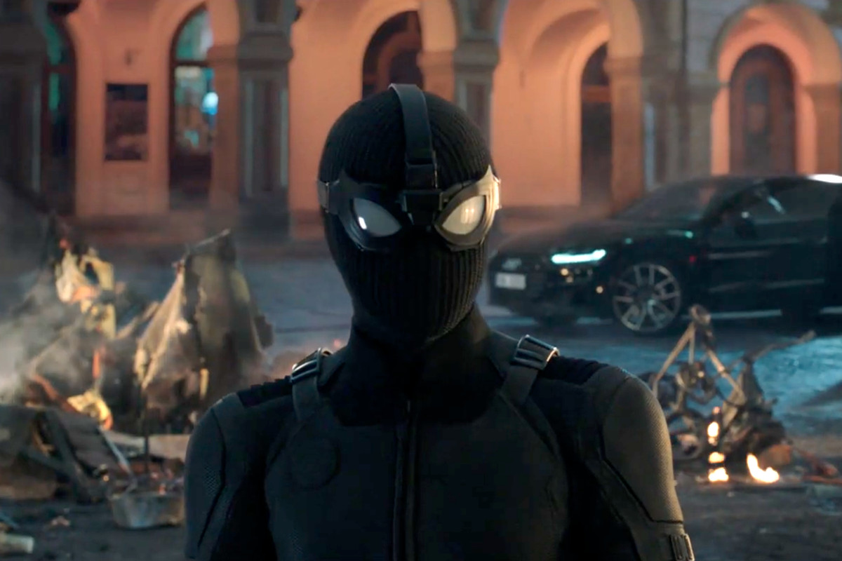 Spider Man S New Far From Home Stealth Suit Has Comics Roots