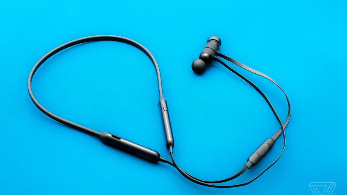 Beats X Review Apple S Neckbuds For The Everyday The Verge