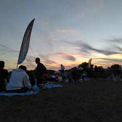 <em>TCL 20SE, sunset photo with no lighting adjustments in-camera.</em>