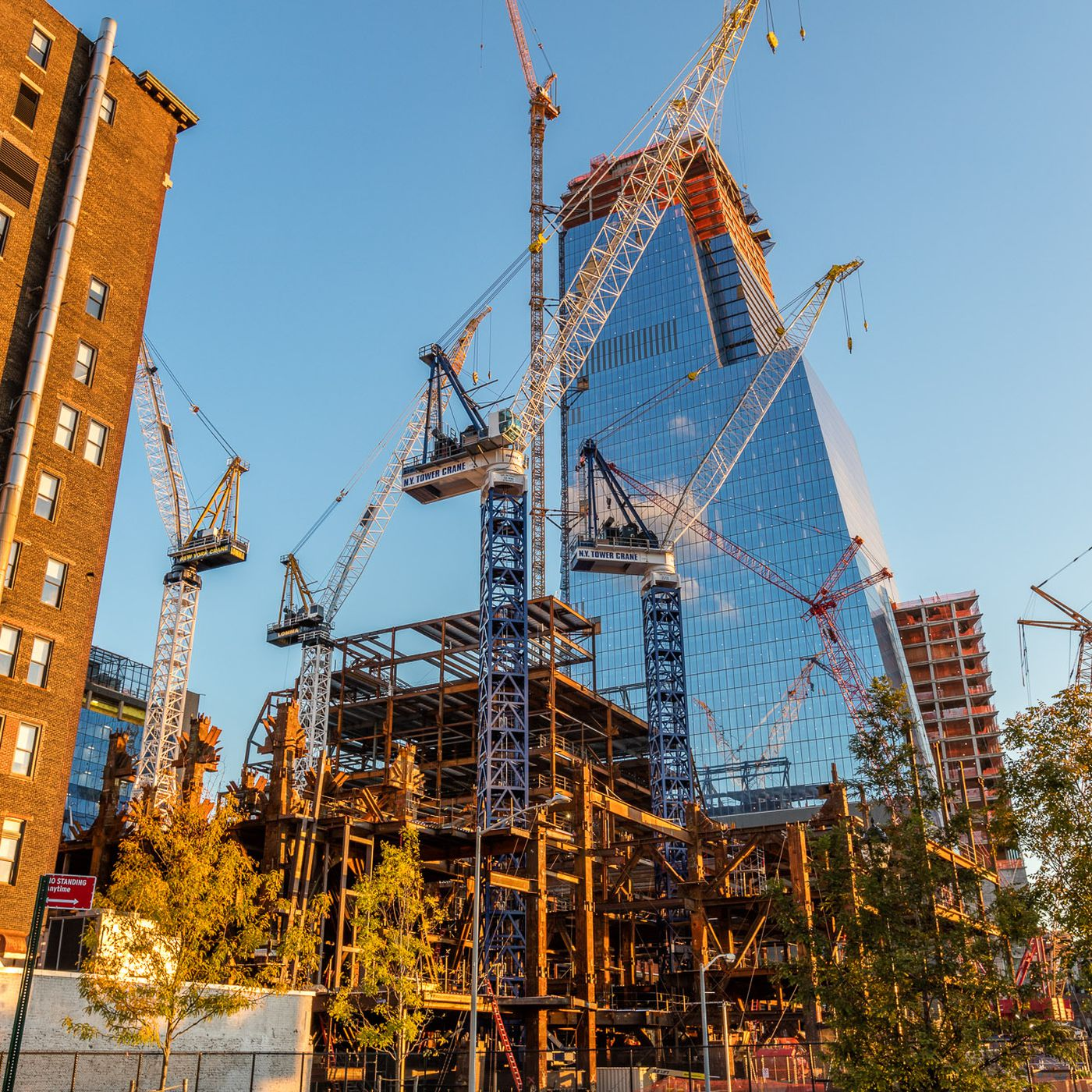 NYC lawmakers call for a construction moratorium during ...