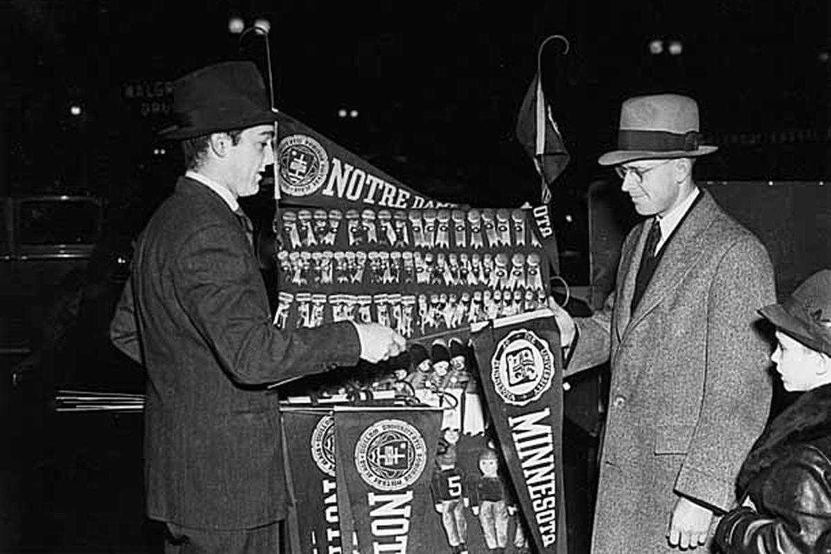 SOUVENIRS! Notre Dame vs Minnesota 1940