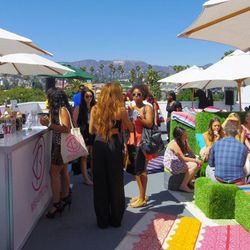 The cocktail-sipping rooftop scene at BeautyCon.