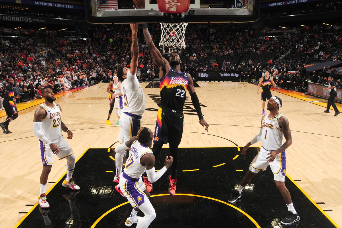 NBA Playoffs: 3 takeaways from the Lakers' Game 1 loss to the Suns - Silver  Screen and Roll