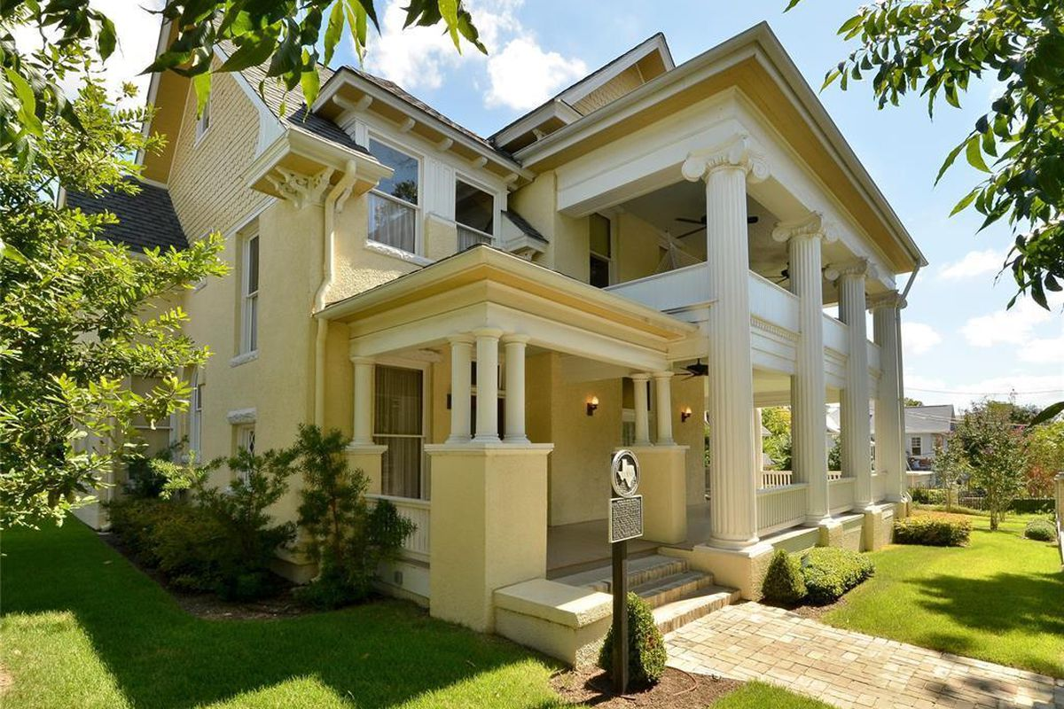 Large, restored Victorian/Classical Revival historic home