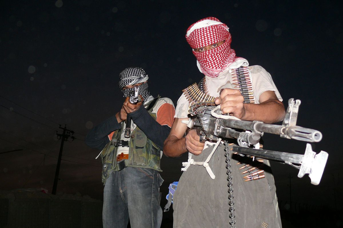 Anti-American Iraqi insurgents in 2006.