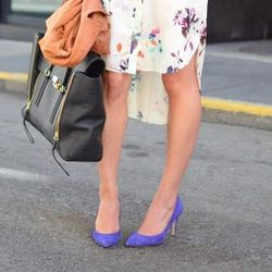 """Carlina Harris of <a href=""""http://allergictovanilla.com"""">Allergic to Vanilla</a> is ready for spring in her JCrew pumps."""