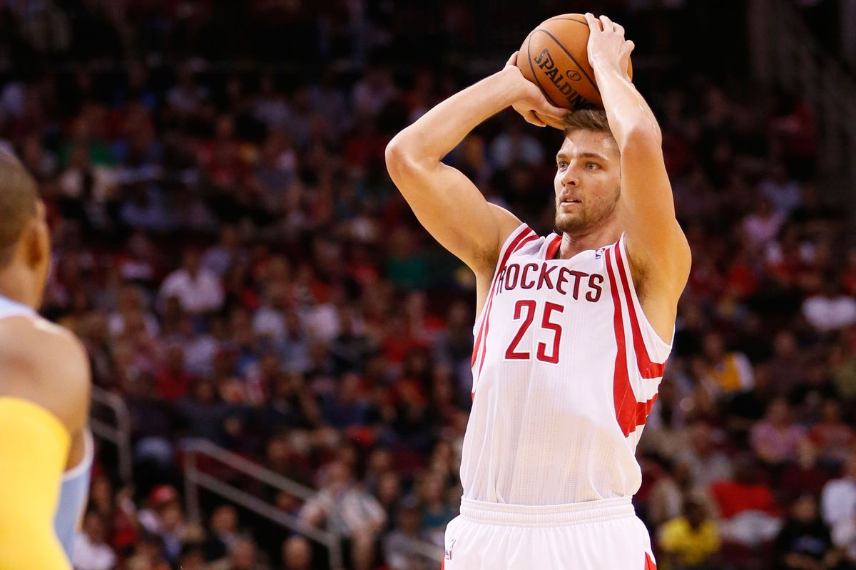 BREAKING: Parsons doesn't just pump-fake. He shot this one!