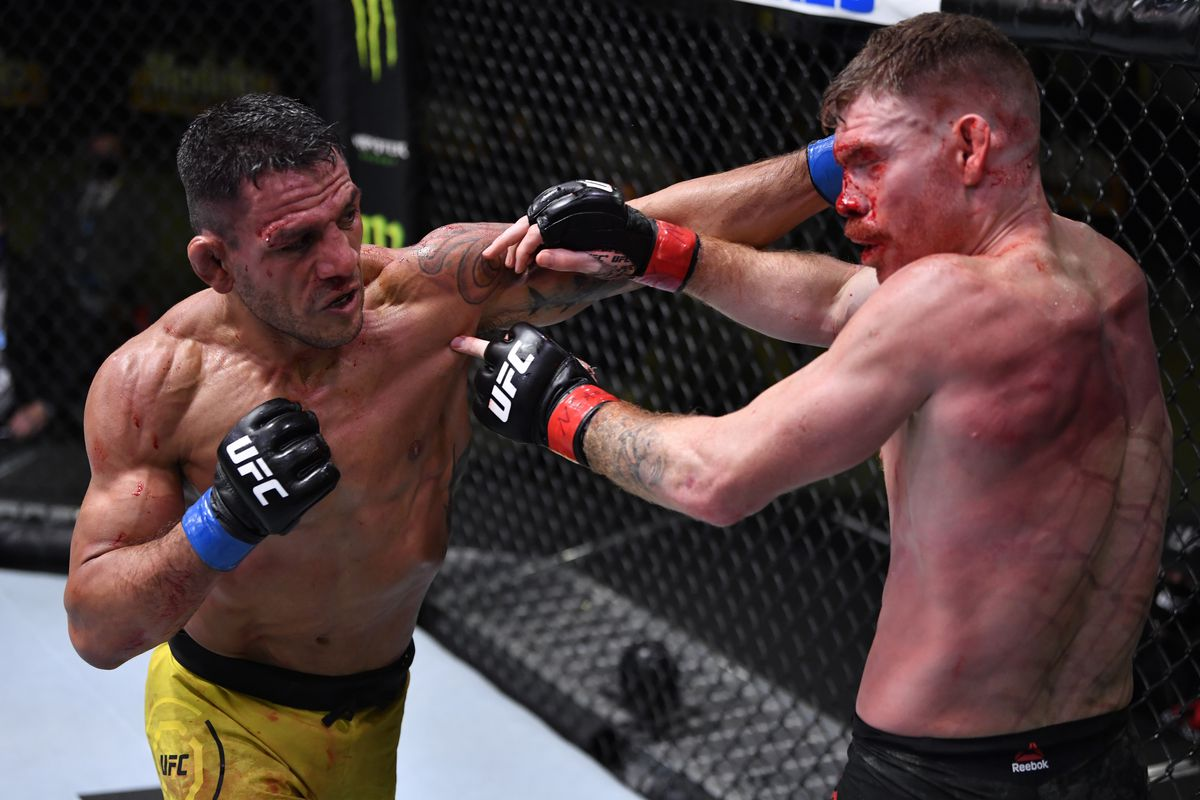 Rafael dos Anjos puts on suffocating performance to beat Paul Felder, calls  for Conor McGregor fight next - MMA Fighting