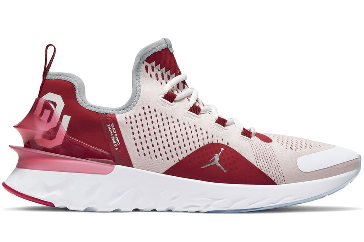 super populaire caa93 f43f7 Check out the new Jordan Brand Oklahoma Sooners shoe ...