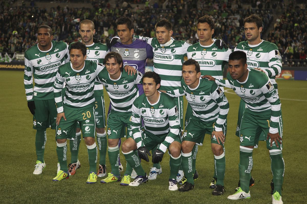 Santos Laguna stands in the way of greatness. (Photo by Otto Greule Jr/Getty Images)